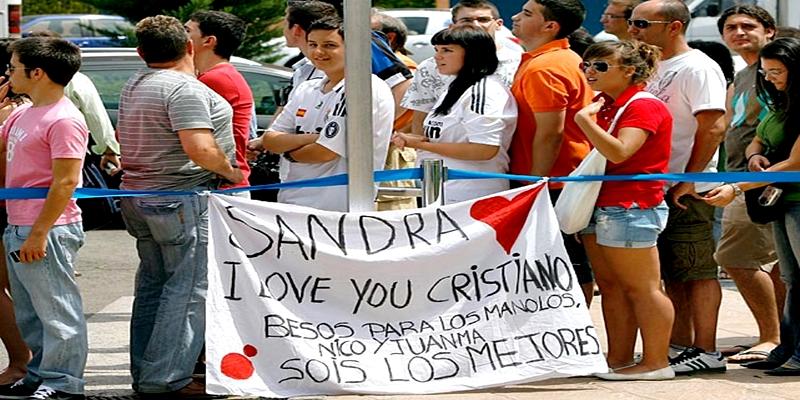 130808112717-2009-cristiano-ronaldo-fans-single-image-cut